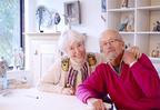 日本で初めての、スウェーデンのアーティスト、リサ・ラーソン夫妻による2人展を開催。