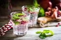 水分で代謝アップ!? ダイエット中のお水の飲み方・選び方