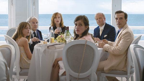 名匠ハネケ監督が描く、SNS時代の家族ドラマは『ハッピーエンド』?
