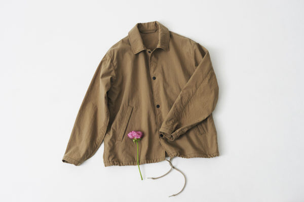『LENO』のオールドスクールなジャケット&シャツで、春色ワントーンスタイル