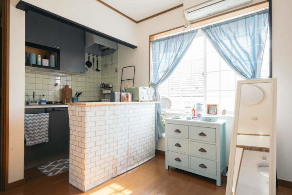 「ちょこっとDIY」で作る、yuriさんの大人ガーリーな部屋【プチDIY女子達のお部屋案内】
