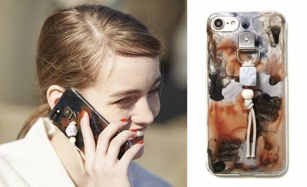nico+isTのiPhoneケースが今、大人気!