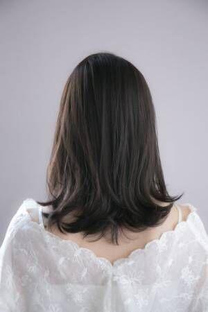 黒髪でも春っぽさ満点!暗くても垢抜けて見える、今すぐマネしたい黒髪スタイル3選。