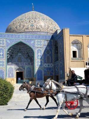 エスファハーン - 世界の半分と言われた街で出会ったものこと。【イランとヒジャブとわたし vol.5】