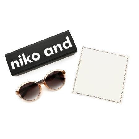 人気コラボ『niko and...×JINS』のアイウエア が待望の第4弾!! デイリーに使える鉄板めがね&サングラスが続々発売!