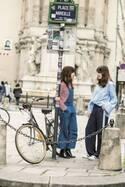 旬を着こなすパリジェンヌのリアルファッションをキャッチ!!【ファッションスナップParis編】