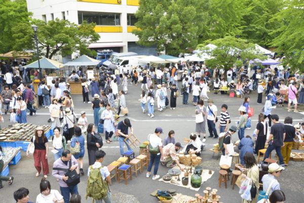 手紙社主催の「ワクワクする出会いの市場」 第13回 東京蚤の市レポート(前編)