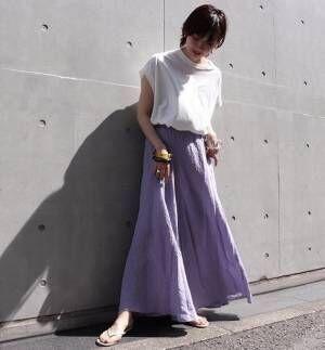 大人の夏コーデはふわりと揺れる「マキシスカート」でリゾート感をプラスして