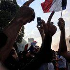 フランス、ワールドカップ優勝パレードへ!【Nahoのおパリ文化回覧帳 vol.9】