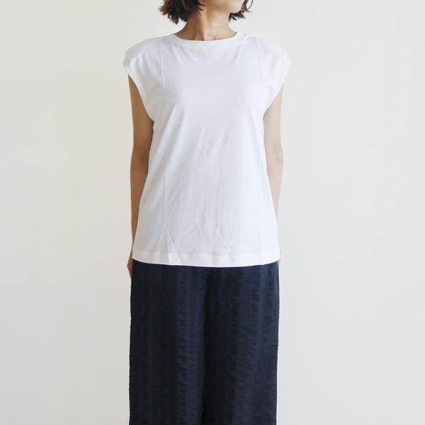 今年の白Tシャツは一味違う。コーデを格上げする白T集まりました!
