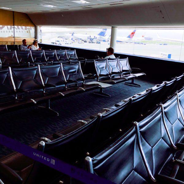 アートディレクターしぇるのひとりごと – 11「ポートランドひとり旅 – 空港でにおいを嗅ぐ」