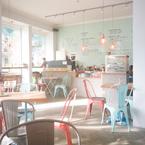 お気に入りのカフェで過ごす、秋の昼下がり【不思議の国のドイツ vol.14】