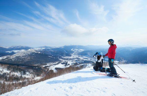 冬のご褒美旅におすすめ! スノーリゾートを満喫するなら「星野リゾート トマム  リゾナーレトマム」で贅沢なひとときを。