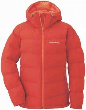 スモーキー&カラフルに。シンプルデザインで着るmont-bellのウィンターダウンコート&トラベルコート