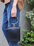 秋冬のファッションを楽しむなら『Maison Vincent』のスクエアバッグがおすすめです!