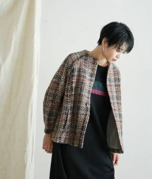ミモレ丈スカートと相性抜群な「ショート丈ジャケット」が揃いました!
