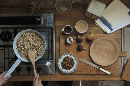 ドライいちじくを使って、手作りグラノーラに挑戦してみよう!