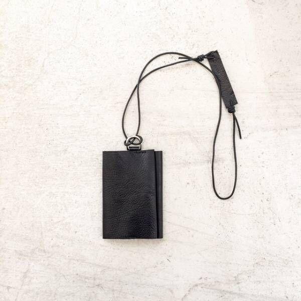 プロが選んだ「レザーのカードケース」は「黒」でした!
