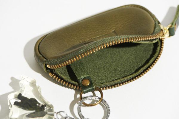 ポケットサイズで身軽にお出かけ。『クレドラン』のキーコインケース