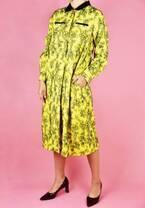 プロが選んだ「襟つきワンピ」で女性らしさをキチンと纏う