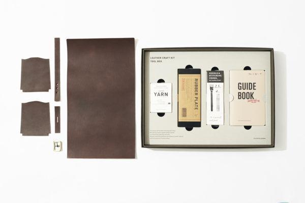 幸せな読書時間を彩る、『土屋鞄製造所』のブックカバー