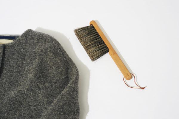 自分磨きはじめます。ニットやネイル、身の回りをブラシでケア