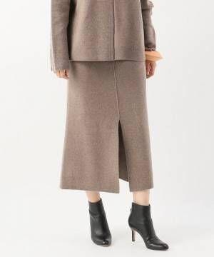 プロが選んだ万能冬アイテムは「ニットスカート」でした!