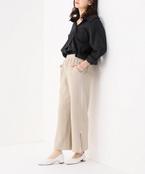 リラックス感ときちんと見えを両立。オフィスでも穿ける綺麗め「パンツ」特集