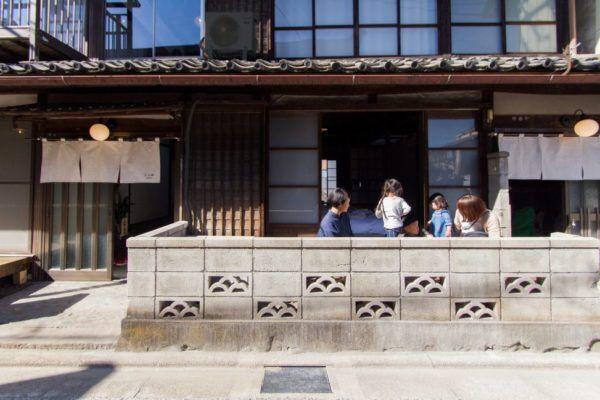 """女子旅するなら、その街の日常を楽しもう!地域ぐるみでおもてなしする、富岡の""""まちやど""""をご紹介"""