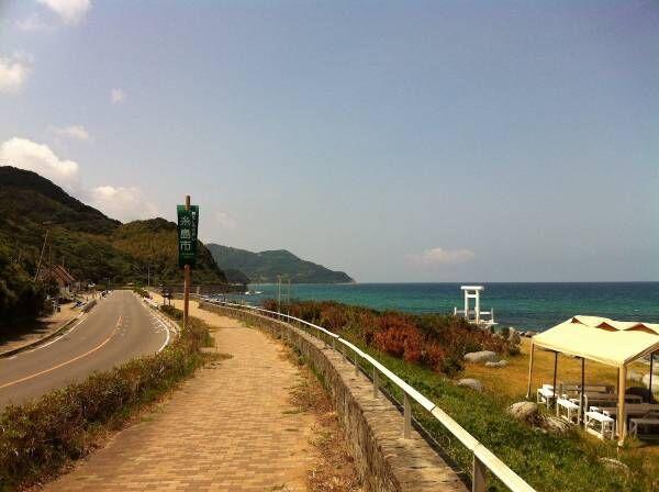 糸島で過ごす心地よい時間 海辺のゲストハウス bbb haus(スリービーハウス)