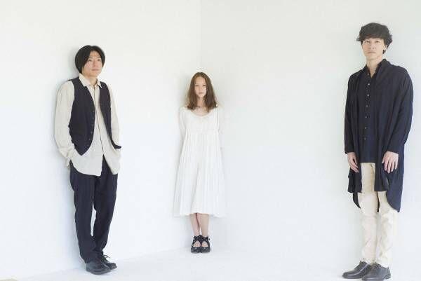 スズキタカユキの衣装を纏う、注目のバンド「ROTH BART BARON」新作アルバム『けものたちの名前』をリリース!