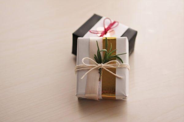 お礼を込めて贈りたいプチギフト。ミツカルストアのてぬぐいをお年賀に。