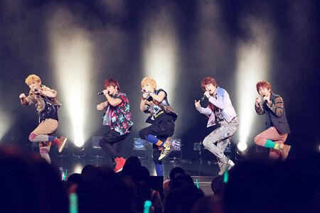 SHINeeがデビュー記念イベント開催。2ndシングル発表も