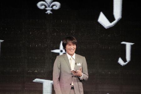 月1恒例の千原ジュニアの新感覚ライブが今月もニコファーレに登場!