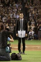 チャン・グンソク、東京ドームで韓国国歌独唱