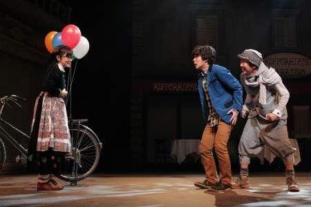 星野真里と金子貴俊をゲストに迎え、人気作『トリツカレ男』が再演