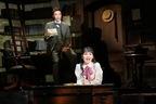名作文学が井上芳雄、坂本真綾主演で可愛いミュージカルに。『ダディ・ロング・レッグズ』開幕