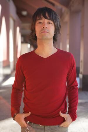 TRICERATOPSの和田唱とソロアーティストの中島卓偉、それぞれの地元で2マンライブ決定