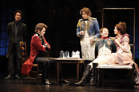 野田秀樹と三谷幸喜が初タッグを組んだ話題の舞台『おのれナポレオン』が開幕!