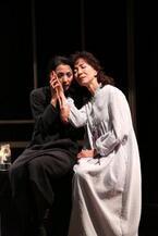 『秋のソナタ』で佐藤オリエと満島ひかり、ふたりの女優が冷たい火花を散らす