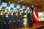ウィーン少年合唱団が来日。会見には小林幸子も登壇