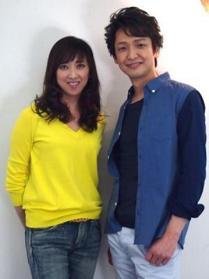 紫吹淳と岡田浩暉が描く大人のロマンチックコメディ
