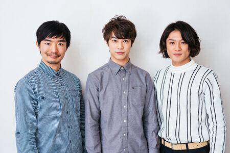 左から、伊藤靖朗、藤原薫、原嶋元久撮影:林裕介