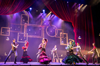 舞台『フラメンコ・カフェ・デル・ガト』が開幕