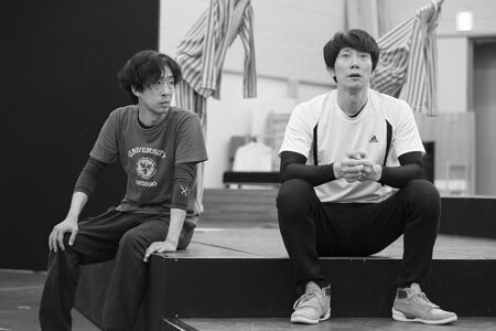 舞台『BENT』稽古場より撮影:加藤幸広