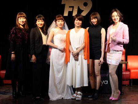 左から、稲葉賀恵、深谷美歩、菊地美香、佐津川愛美、芹那、沢井美優