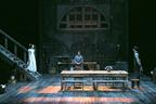 ストリンドベリ二大傑作をふたつの特設小劇場で交互上演
