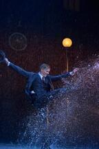 待望の再来日公演でアダム・クーパーが見せる「人間らしいスター像」