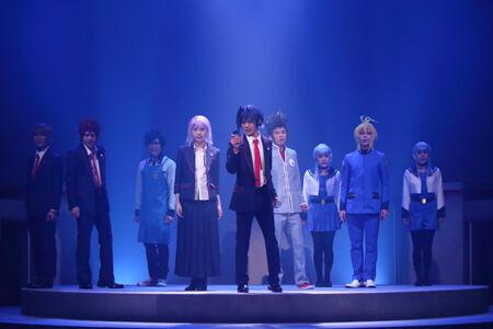 舞台「カードファイト!! ヴァンガード」~バーチャル・ステージ~ リンクジョーカー編(C)ヴァンガードプロジェクト/テレビ東京(C)舞台ヴァンガードプロジェクト