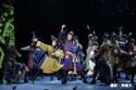 日本青年館ホール、礼真琴主演の宝塚公演でオープン!